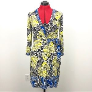 BCBGMaxAzria V-neck wrap dress SZ XS